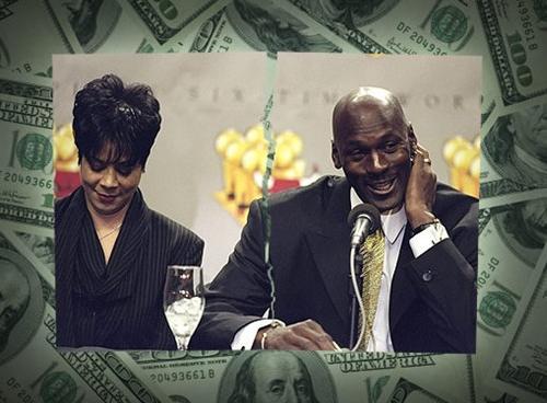 Basketbolun efsanesi Jordan 2002'de 17 yıllık evliliğini bitirme kararı aldı. 2006'ya kadar uzayan boşanma davası 168 milyon dolara patladı.