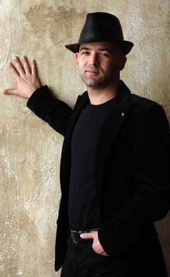 Murat Evgin de babası gibi müzisyen oldu.