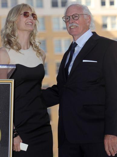 Babası da bir dönemin ünlü aktörlerinden Bruce Dern.