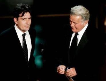 Har iki aktör de Martin Sheen'in oğlu.   (Derleyen: Nazan Mengü\Hürriyet)