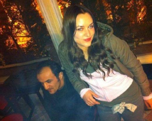 Sarıgül'ün Çok Güzel Hareketler Bunlar adlı komedi programıyla yıldızı parlayan Ersin Korkut'la aşk yaşadığı iddia edildi.