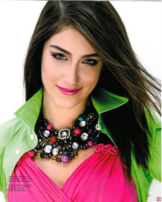 GENÇ AMA BAŞARILI  Genç oyuncu Hazal Kaya ise önceki dizisi Aşk-ı Memnu'da haftada 18 bin lira kazanırken, büyük başarı sağladığı yeni dizisinden bölüm başına 30 bin lira alıyor.