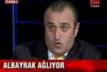 ABDÜRRAHİM ALBAYRAK  Eski Galatasaray yöneticisi işadamı Abdurrahim Albayrak, Galatasaray'ın UEFA Kupası'ndan elenmesinden sonra kıtıldığı televizyon programında hüngür hüngür ağladı.