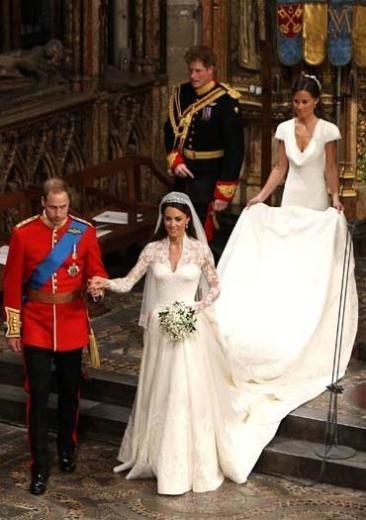 Prens William ve Kate Middleton Geçen yıla damgasını vuran kraliyet düğünün maliyeti 10 milyon sterlin.