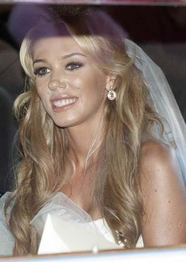 Tamara Ecclestone ve James Stunt Dünyanın en zengin işadamlarından biri olan Bernie Ecclestone'un küçük kızının düğünü tam 12 Milyon sterlin'e mal oldu.