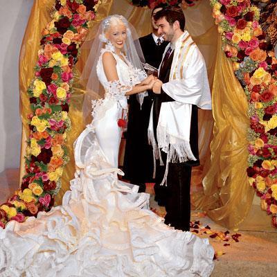 Christina Aguilera ve Jordan Bratman  Çift 1.3 milyon dolarlık bir düğünle evlendi. Ama evlilikleri geçen yıl bitti.