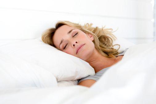 Uyuyan kişiler nasıl yattığının farkında olmadığı için, bu şekilde yattıklarında bile çok iyi yku uyumaları her zaman mümkün olmayabilir.   Bu tür araştırmalarda ayrıca, çoğu insanın uyku pozisyonunu değiştirmekten hoşlanmadığını da ortaya koyuyor. Buna göre insanların sadece yüzde 5'i her gece farklı bir pozisyonda uyuduğunu belirtiyor.
