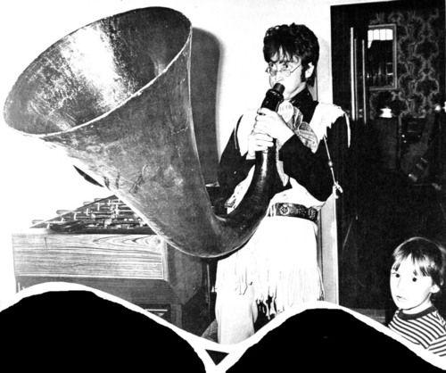 John Lennon ve Julian Lennon.