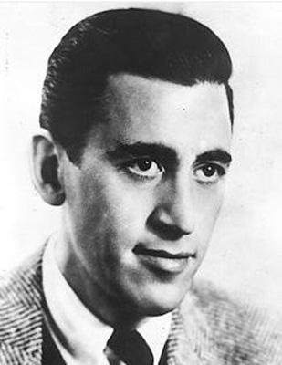 J.D. SALINGER  Ülkemizde Gönülçelen adıyla çevrilen The Catcher in the Rye adlı romanıyla tanınan Jerome David Salinger edebiyat tarihinin en gizemli yazarlarından biriydi.