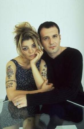 Oya Küçümen ve Bora Ebeoğlu, 90'ların sevilen ikililerindendi.