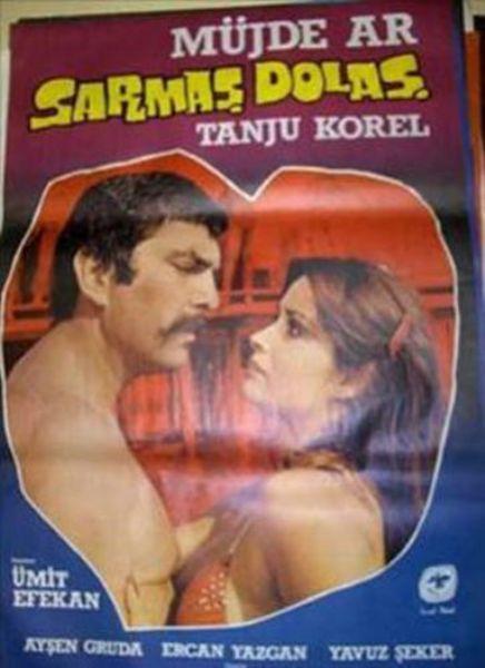 SARMAŞ DOLAŞ (1977)