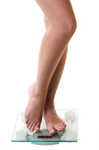 9- Vücut ölçünüz: Diyete başlamadan önce vücut ölçülerinizi not edin. Bu diyette temel amaç, kilo vermekten daha çok vücut şeklinizdeki değişiklikler olacak. Nispeten hızlı bir şekilde kilo vereceksiniz fakat daha çok vücut hatlarınızda farklılaşmalar göreceksiniz. 'Bikini Diyeti' ile böyle sadece kilo vermekle kalmayacak, giysilerin içinde daha iyi görünecek ve bikininizi gururla giyeceksiniz.