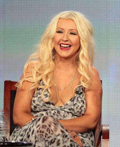 """Doğum yapmasının ardından vücudu doğal olarak değişen Christina Aguilera (31), """"Vücudumu seven bir sevgilim var.  Ben de vücudumu seviyorum. Oğlum sağlıklı ve ben mutluyum; tek önemli şey budur"""" dedi. Aguilera, 1.5 yıldır  Matt Rutler'la  birlikte."""