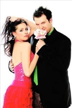 Aşkları çok konuşulan çift ayrılık kararını basına bir faks ile duyurdular.