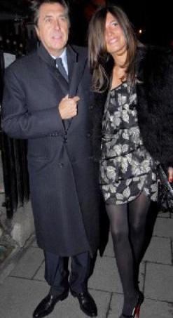 Brian Ferry ile Amanda Sheppard 2008 yılından bu yana birlikteler. Ancak Sheppard, Ferry'den önce ünlü müzisyenin oğlu Isaac ile birliktelik yaşadı.