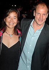 HOLLYWOOD AKTÖRÜNÜN KALBİNİ ÇALDI Hollywood'un asi aktörü Woody Harrelson da geçen yıl uzun süredir birlikte olduğu sevgilisiyle evlendi.