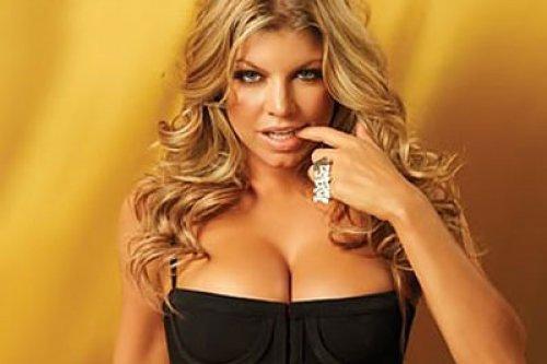 FERGIE  Tam bir seks delisi olan Fergie'nin hem eşi Josh Duhamel ile hem de ondan önceki sevgilileriyle sevişmesi tüm otelin koridorlarında çınlıyormuş.