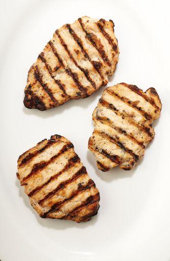 2. Ekonomik  Tavuk eti en ekonomik hayvansal protein kaynağı.