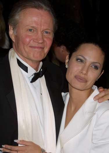 Angelina Jolie ve aktör babası Jon Voight