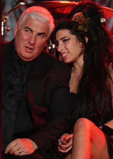 Amy Winehouse ve Mitch Winehouse