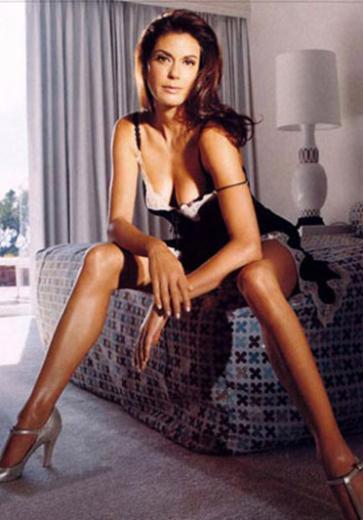 1977'de bir oyunculuk kuruluşuna başvuran Hatcher Aşk Gemisi adlı dizide balık kız olarak kaptığı rolle amigo kızlığa veda etti.