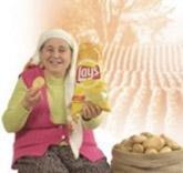 ÇİFTÇİYDİ REKLAM YILDIZI OLDU Ayşe Elmacı da aslında bir patates üretecisidi.