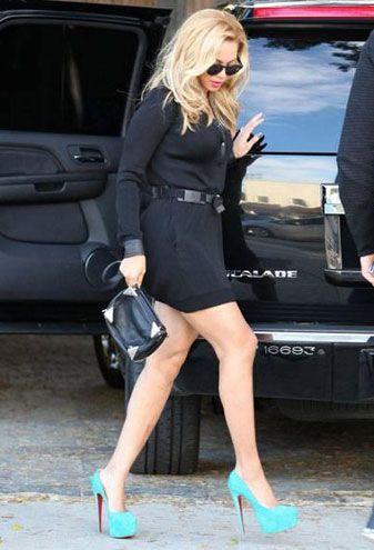 Daha önce de Hollywood'da alışveriş yaparken Beyonce Knowles beyaz teniyle dikkat çekmişti.