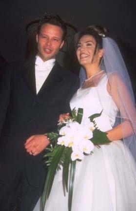 Kaymaz 1997 yılında Hollandalı Watze Deries ile evlendi. Sonradan da fıstık işine girdi. Bir ayağı Hollanda'da bir ayağı Türkiye'de bir iş kadını oldu.