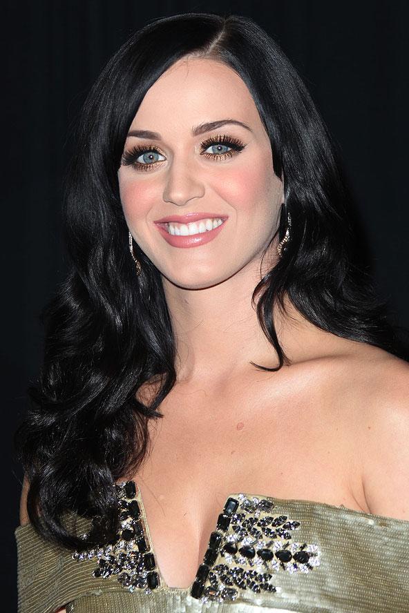 Bu dalgalar kesinlikle Katy Perry'nin dramatik görünümüne katkıda bulunmuş.