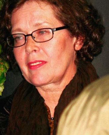 Avrupa'da çekilen çok sayıda yapımda rol alan Sylvia Kristel, Hollywood yapımı Airport 79'da da rol aldı.   Kariyerinde Emmanuelle'den sonraki en başarılı film ise Private Lessons oldu. Kristel bu filmde 15 yaşındaki Eric adlı bir çocuğa seksin harikalarını öğreten bir bakıcıyı canlandırdı.