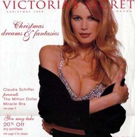 1996 hazırlanan ilk tasarımı Claudia Schiffer tanıtmıştı.. Değeri ise 1 milyon dolardı.