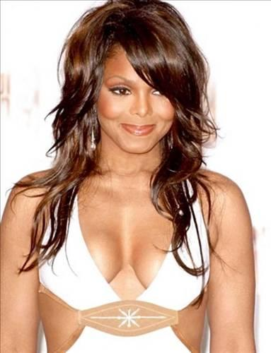 Robert Gardner, Janet Jackson ile sevgili olduğuna inanıyor ve şarkıcıyı her gördüğü yerde rahatsız ediyordu.