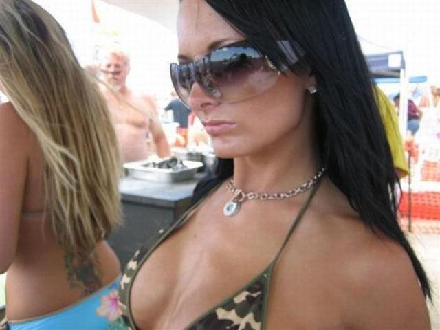 Porno yıldızlarının makyajsız halleri - 84