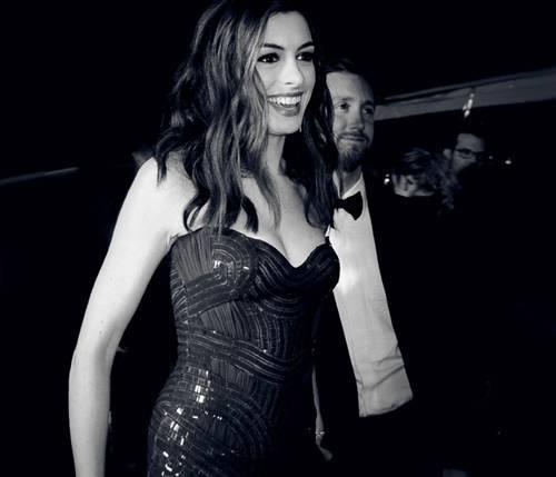 37.Anne Hathaway