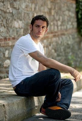Balat'a gönül verdi  Genç oyuncu Dağhan Külegeç'in Ayvansaray semtinde bir evi var.