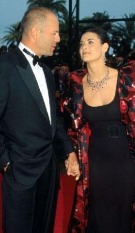 İkinci eşi Bruce Willis ile evlenirken 25 yaşındaydı.
