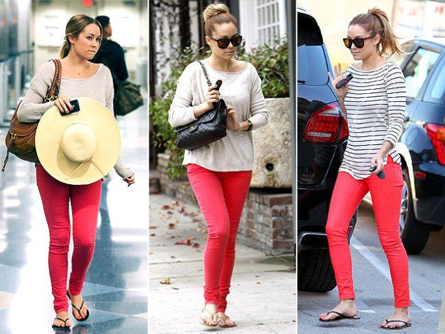 Zara, Mango, Koton gibi mağazaları gezdiyseniz; renkli pantolonların ne kadar popüler olduğunu mutlaka fark etmişsinizdir.