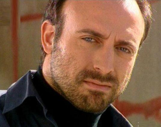 Halit Ergenç  Aktör 30 Nisan 1970 doğumlu ve boğa burcu.
