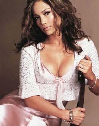 Jennifer Lopez  24 Temmuz 1969 doğumlu. O da bir aslan burcu.