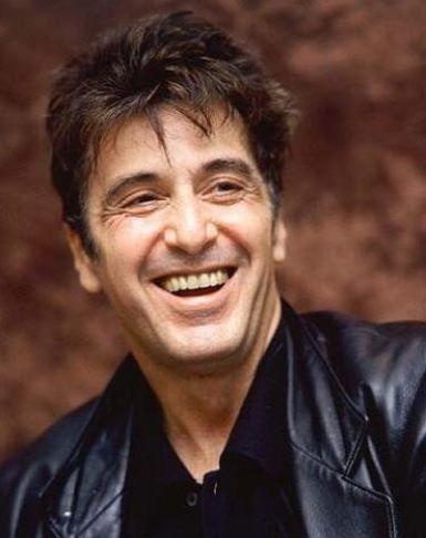 Al Pacino  25 Nisan 1940'ta doğan aktör boğa burcu.