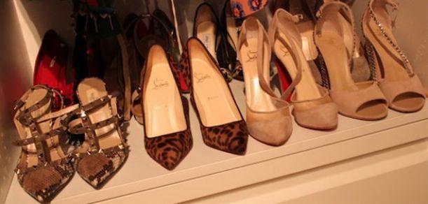 Esmersoy kelimenin tam anlamıyla bir ayakkabı tutkunu.
