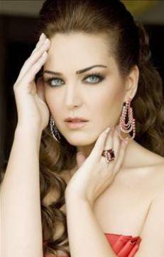 Pınar Dilşeker   Can Bonomo şarkısını tam anlayamadım ama şansı bol olsun diyelim.