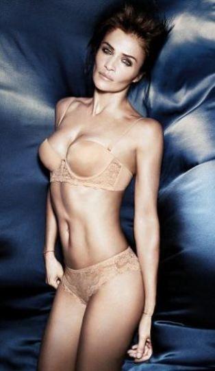 42 yaşındaki Christensen Triumph Essence için tasarladığı İlkbahar Yaz 2012 iç çamaşırı koleksiyonunu da kendisi tanıttı.