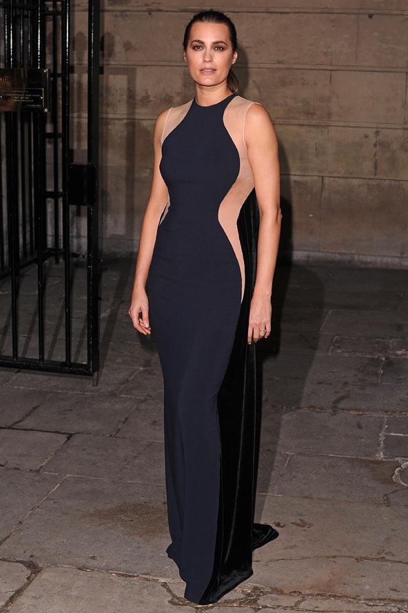 Yasmin Le Bon, Kate Moss ile aynı etkinliğe, aynı Stella McCartney elbisesiyle katıldı.