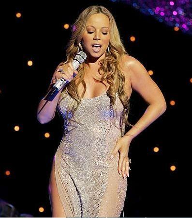 1 saat için 2 Milyon dolar   Mariah Carey, genellikle doğum günü partilerine çağrılıyor. Carey, katıldığı partilerde şarkı da söylüyor.