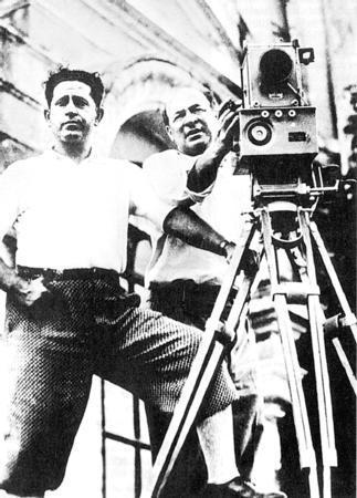 Muhsin Ertuğrul Çağdaş Türk sinema ve tiyatrosunun öncülerinden Muhsin Ertuğrul da 29 Şubat 1892'de doğdu.