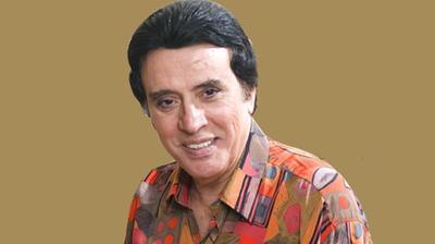 Erol Büyükburç Türk hafif müziği şarkıcılarından Erol Büyükburç, 29 Şubat 1936'da Adana'da doğdu.