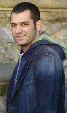 Murat Yıldırım 13 Nisan 1979 doğumlu. Koç burcu.