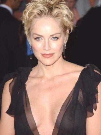 Sharon Stone 10 Mart 1958 doğumlu. Ünlü yıldız da balık burcu.  (Hürriyet)