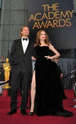 Angelina Jolie oscar gecesine damga vurdu! - 16